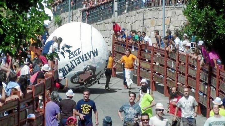 El 'boloencierro' vuelve a Mataelpino con mayores medidas de seguridad