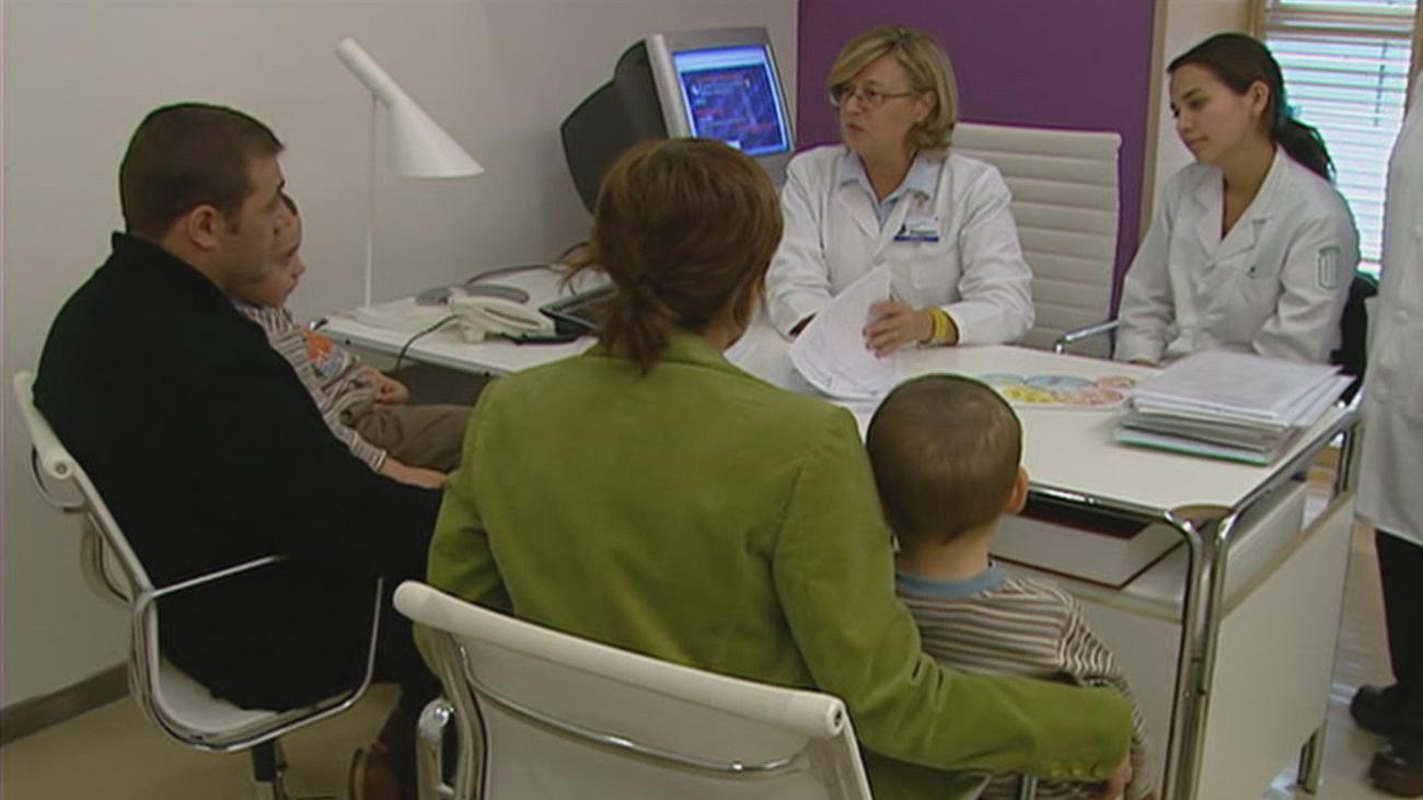 Los médicos de atención primaria piden al menos 12 minutos para pasar consulta