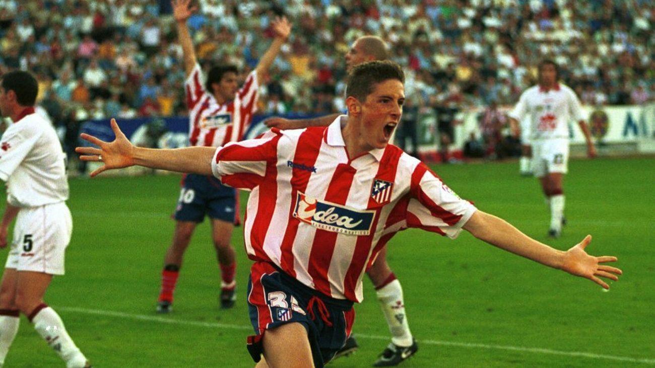 Torres celebra un gol ante el Albacete