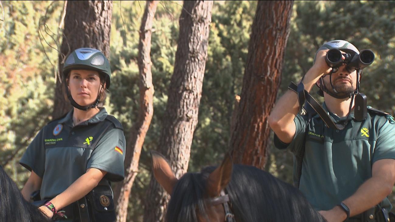 La Guardia Civil usa patrullas a caballo para prevenir incendios en Madrid