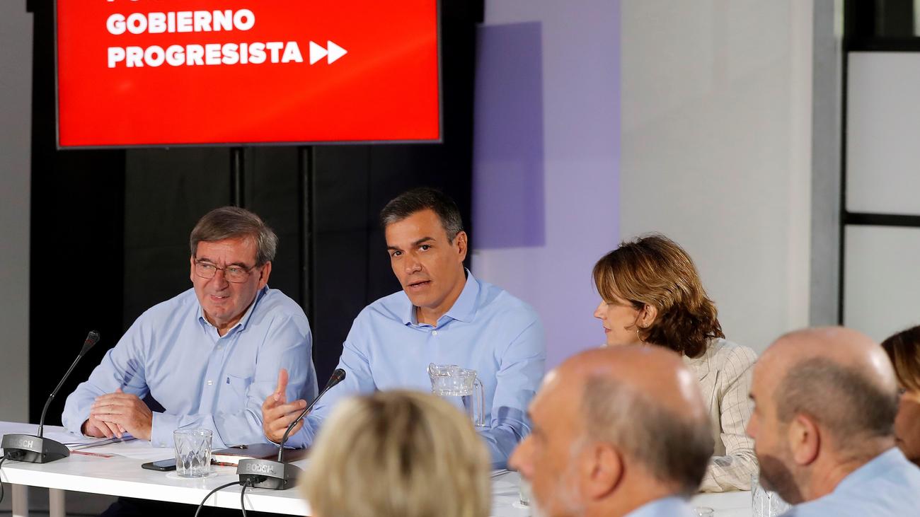 El PSOE no retomará los contactos con Podemos hasta septiembre