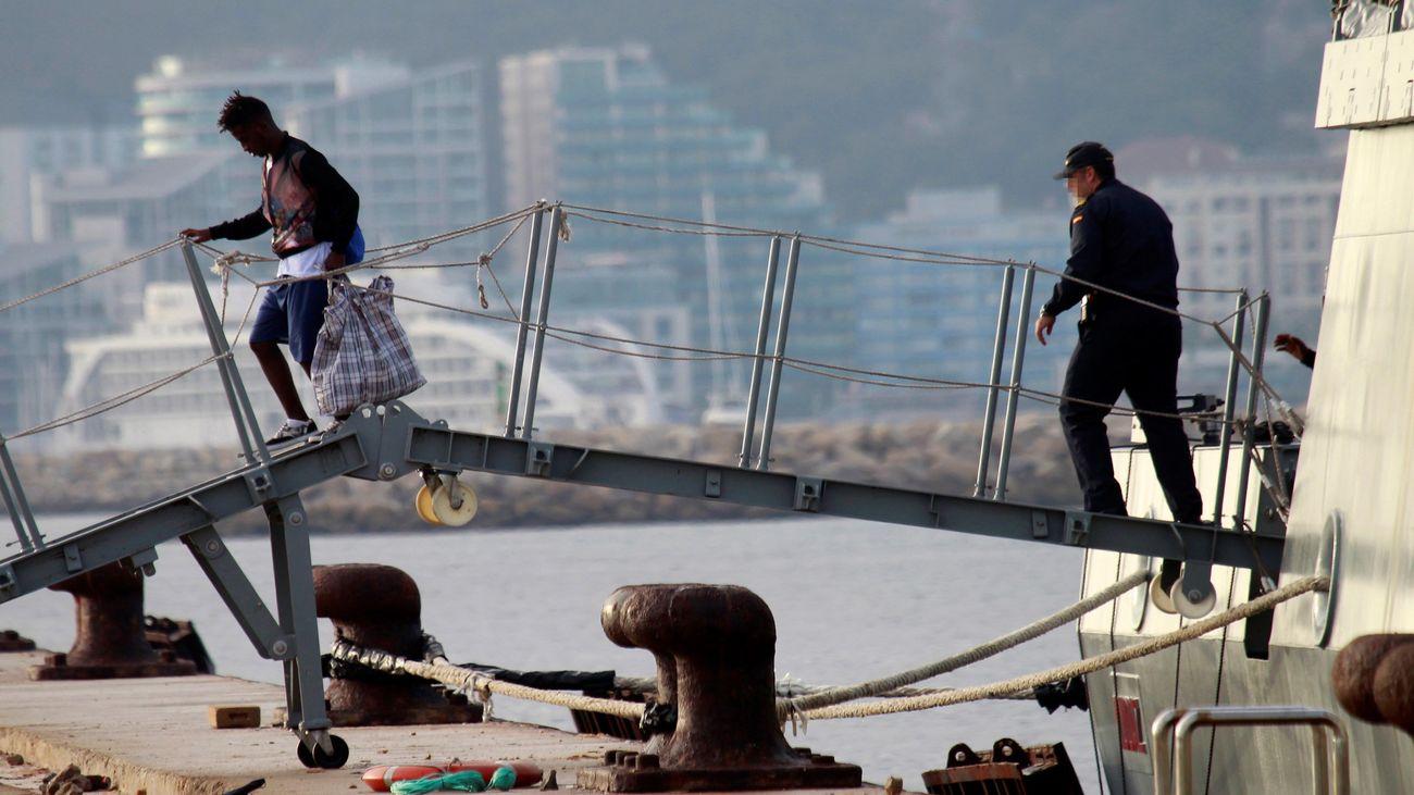Los 15 migrantes del Open Arms ya están en España