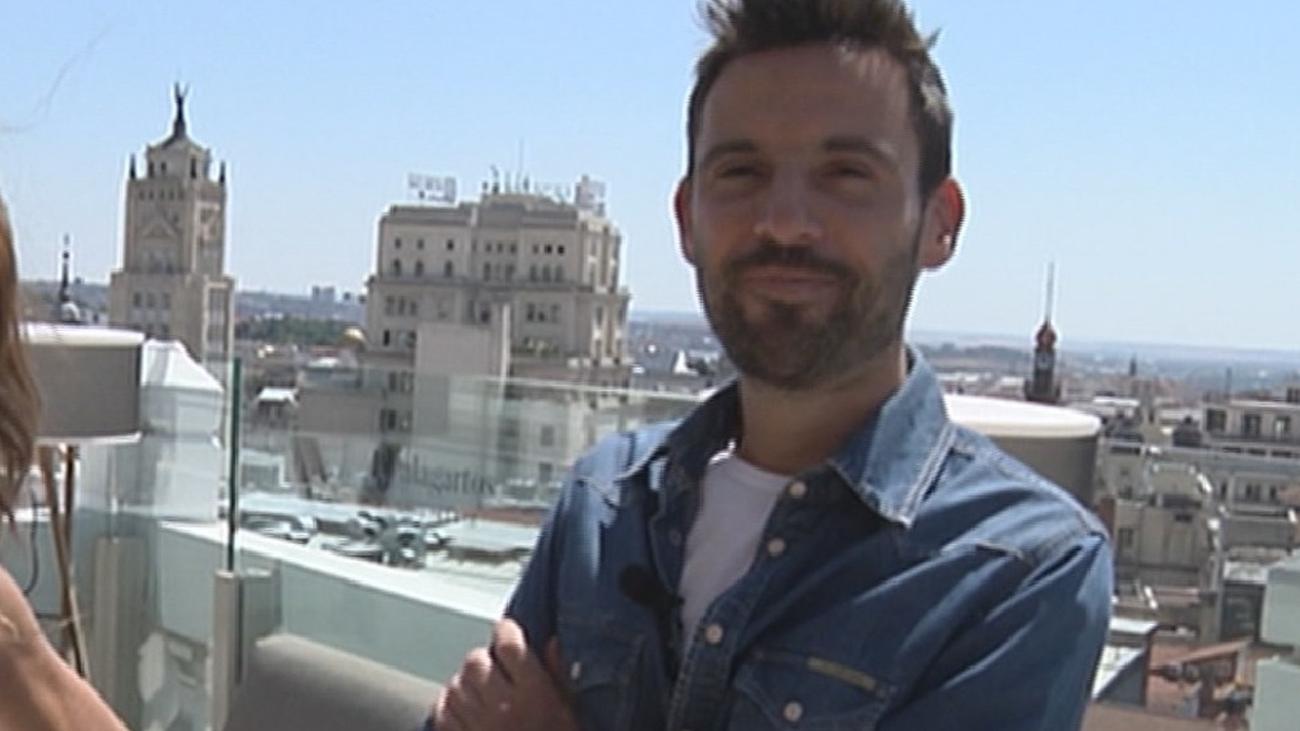Así es Manu Pérez, el nuevo presentador del TN2
