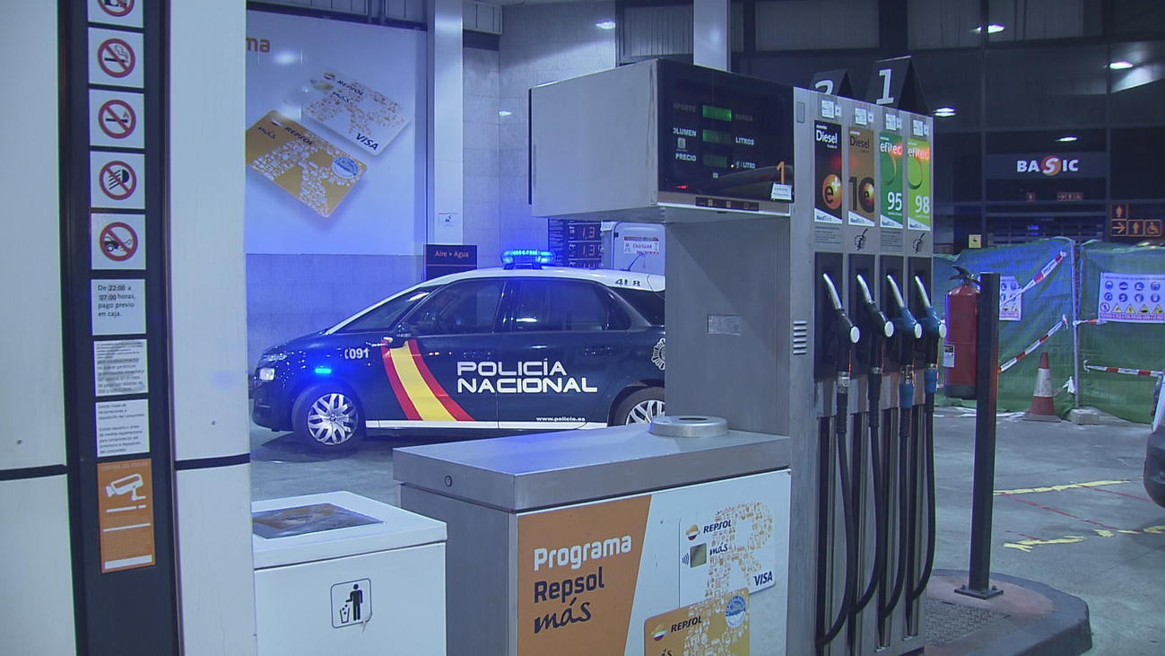 Espectacular robo a mazazos en una gasolinera de Batán