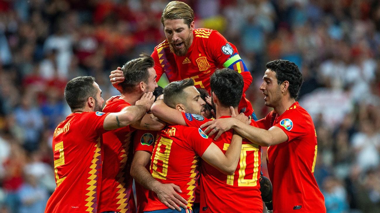 La 'Roja' ya prepara los partidos contra Rumanía e Islas Feroes