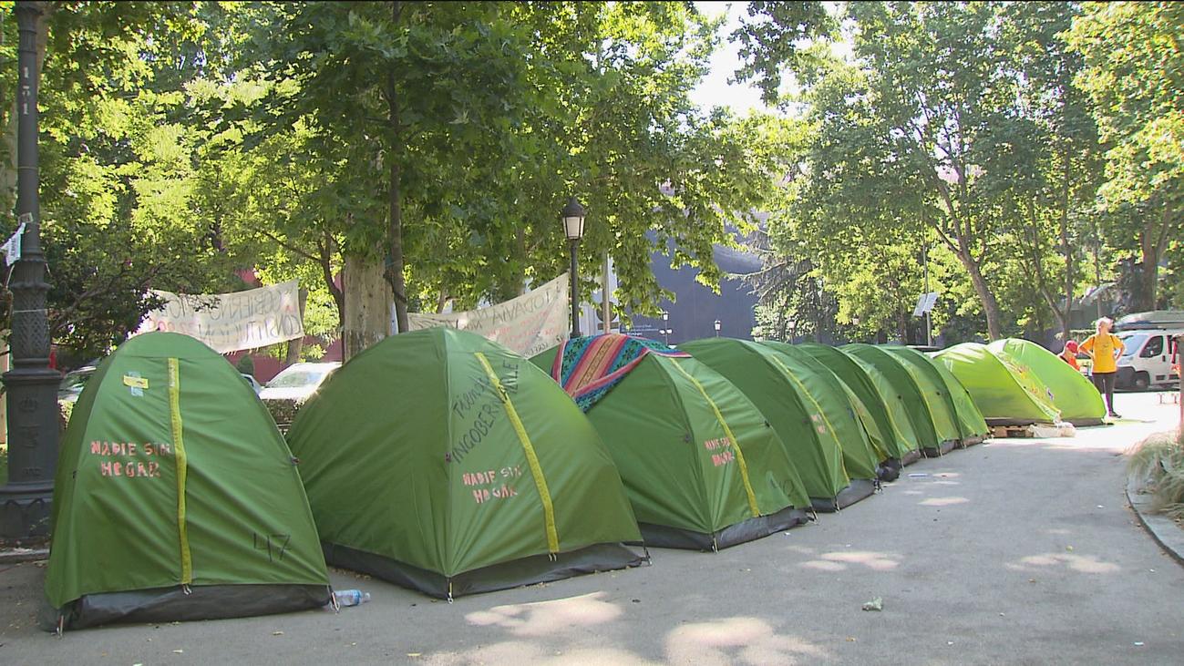 Los  'sin techo' realizarán una vigilia frente al Congreso para visualizar su problemática