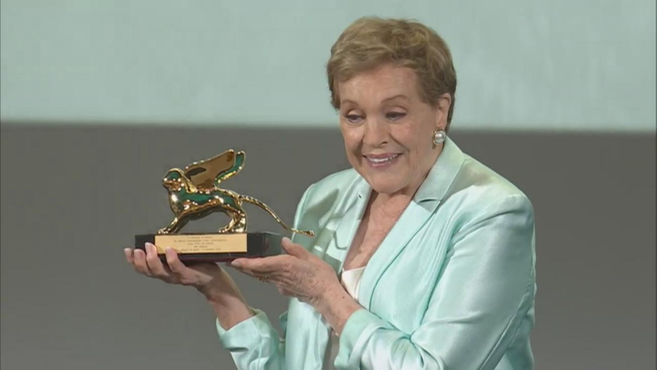 Julie Andrews recibe elLeón de Oro honorífico de laMostra de Venecia