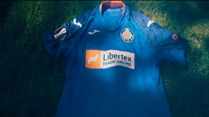 El Getafe presenta su equipación para la Europa League