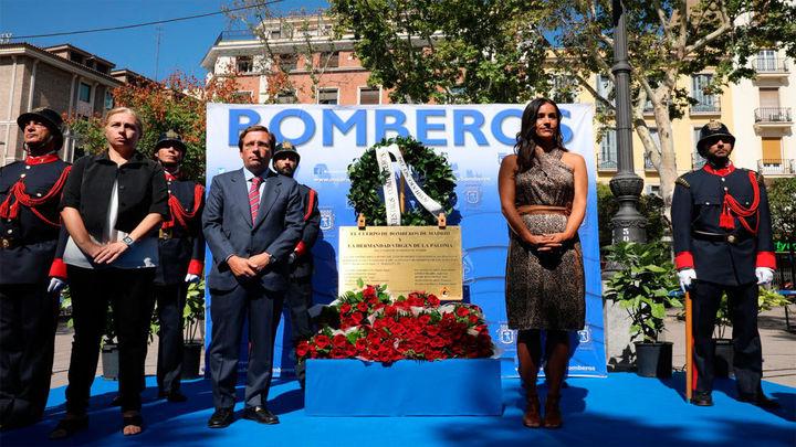 Homenaje  a los 10 bomberos muertos hace 32 años en Almacenes Arias