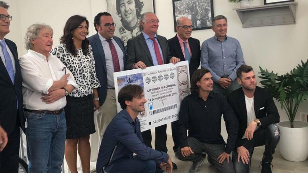 La Lotería Nacional homenajea a Ángel Nieto