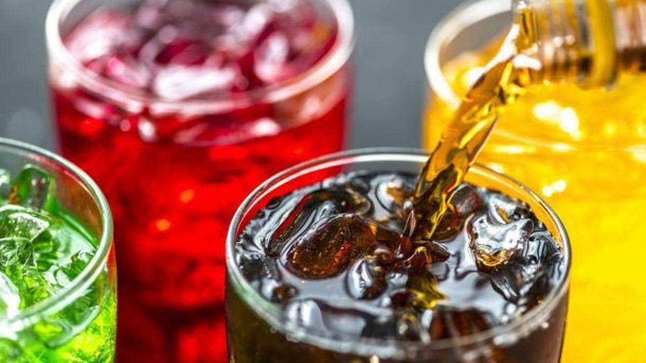 Beber dos refrescos al día puede provocar muerte prematura