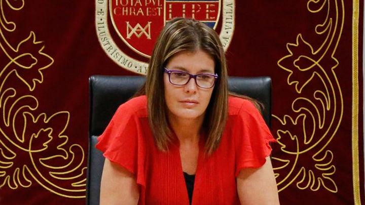 En enrocamiento de la alcaldesa Móstoles que preocupa al PSOE