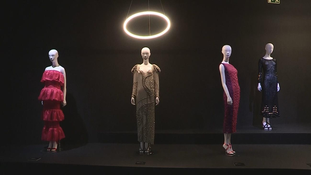 'El cuerpo inventado', la silueta, esencia de la moda