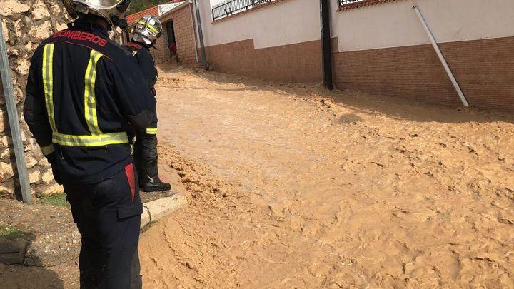 El 112 gestiona 130 incidencias en cuatro horas en la región debido a las lluvias