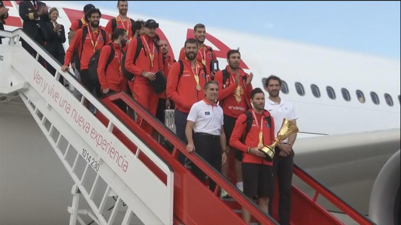 Los campeones del mundo de baloncesto ya están en España