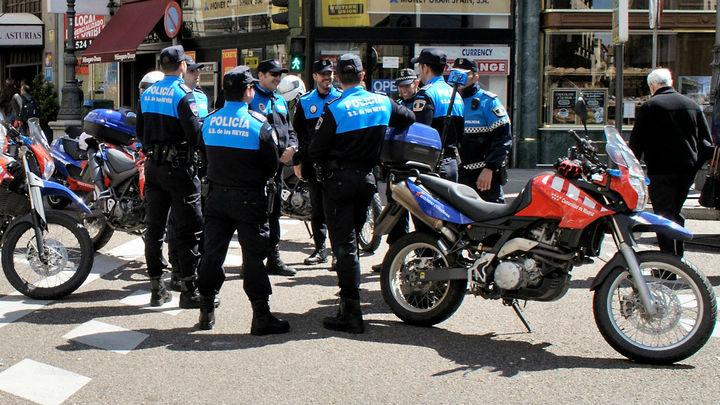 Las Policías de Sanse, Alcorcón y Boadilla patrullan sus calles para garantizar el estado de alarma