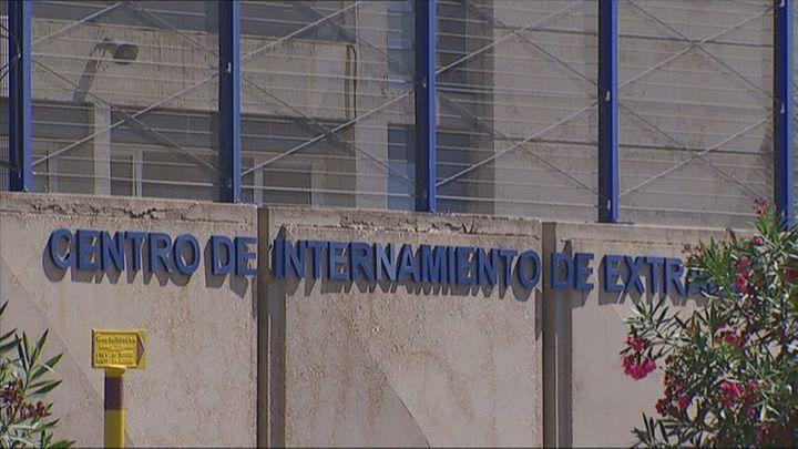 Los obispos piden el cierre de los Centros de Internamiento de Extranjeros