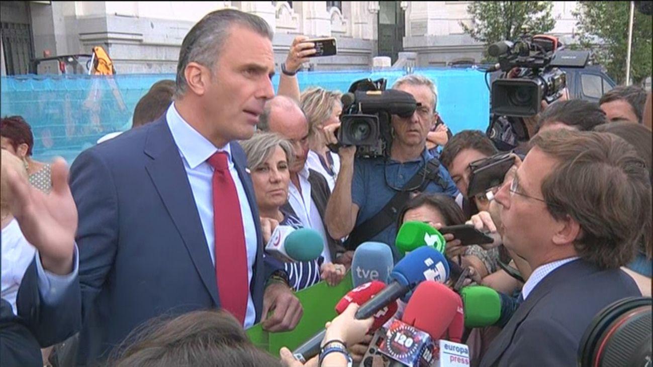 Discusión entre Javier Ortega Smith y José Luis Martínez Almeida