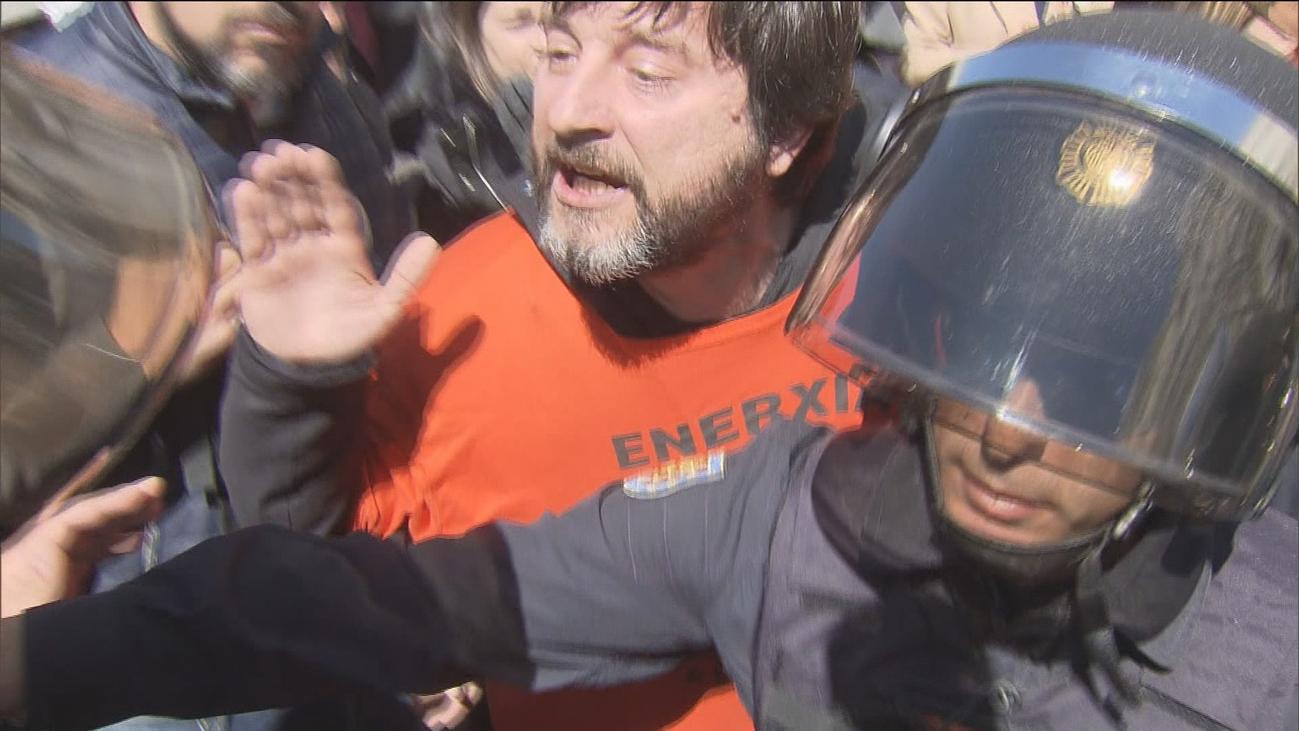Tres diputados de Unidas Podemos, imputados por atentado contra la autoridad