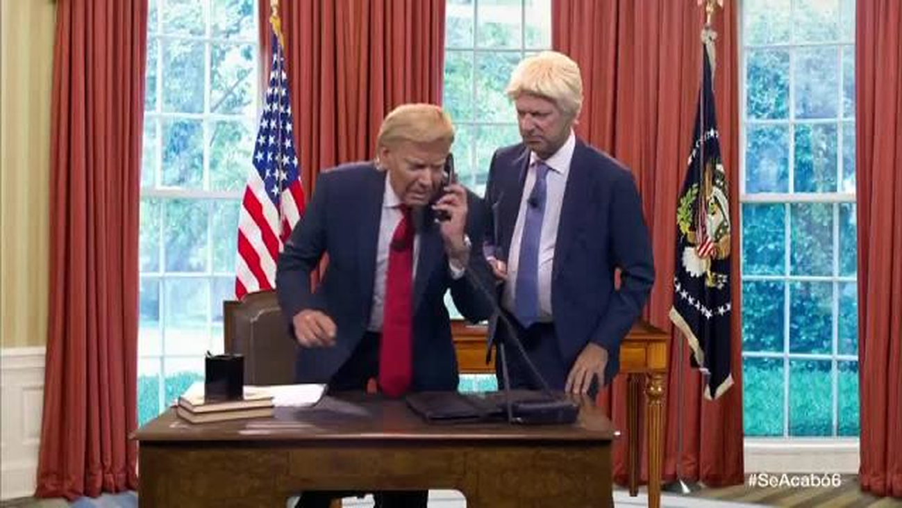 La secretaria de Trump se cansa de él y de Boris Johnson