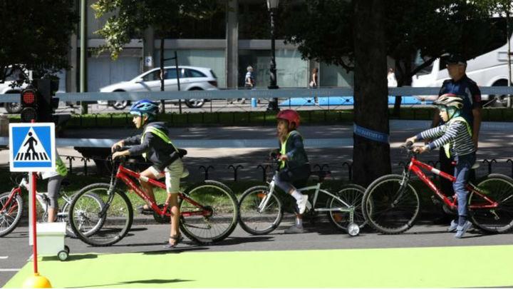 Madrid celebra el Día sin Coches con bicis, patinetes y vehículos compartidos