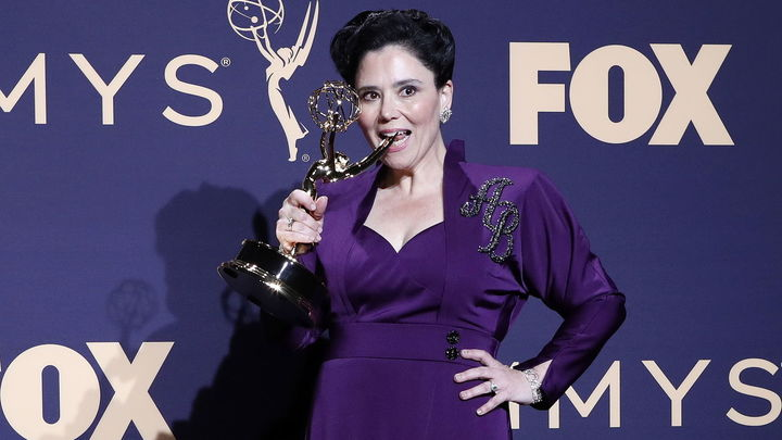 Alex Borstein, mejor actriz de reparto en serie de comedia por 'Meravelous Mrs Maisel'