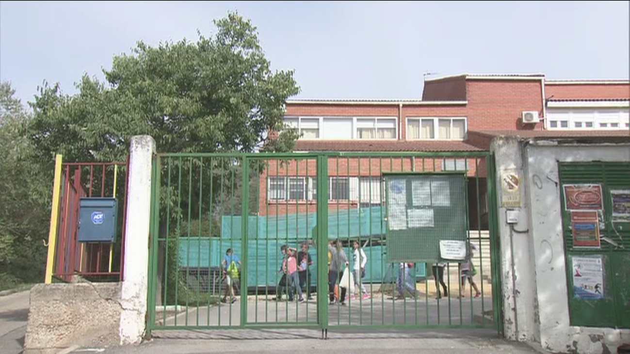 Huelga en la escuela rural Montelindo de Bustarviejo