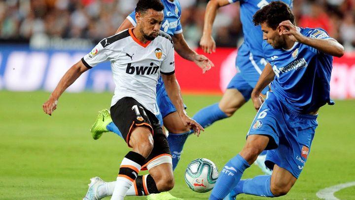 3-3. El Getafe salva un empate en Mestalla