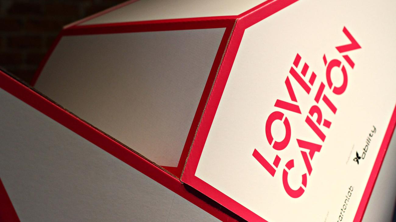 Love Carton, diseñar en cartón