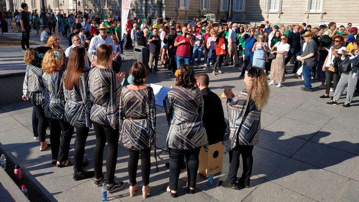 Las calles de Madrid se inundan de música para sensibilizar sobre el párkinson
