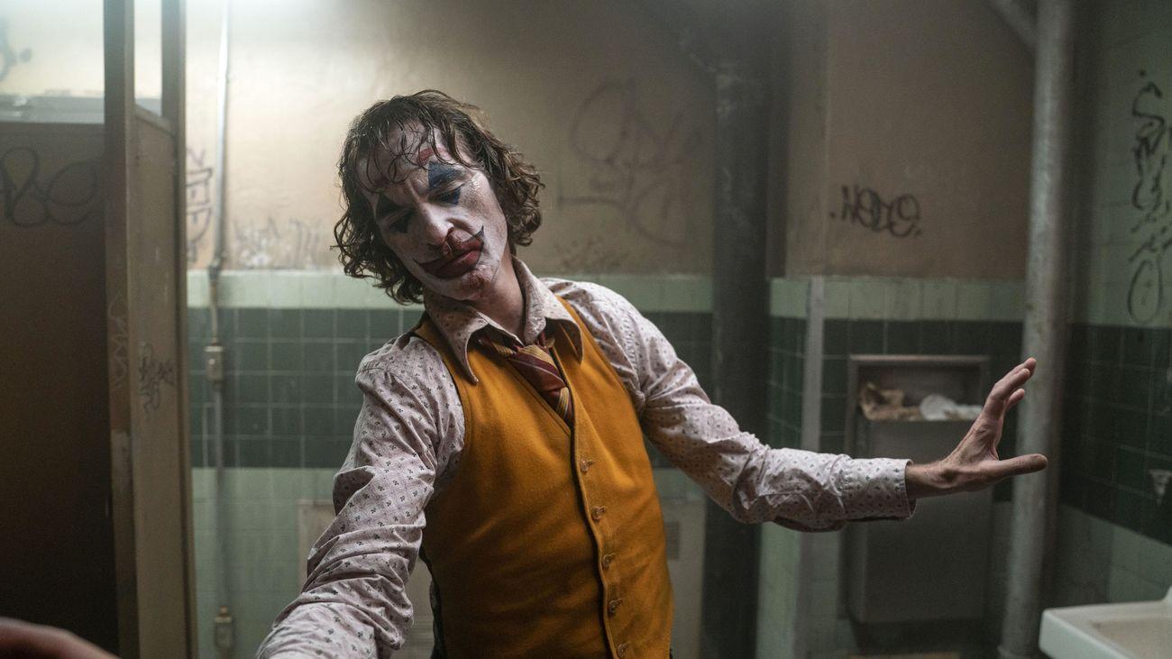 'Joker', de aclamada por la crítica a posible escenario de tiroteos