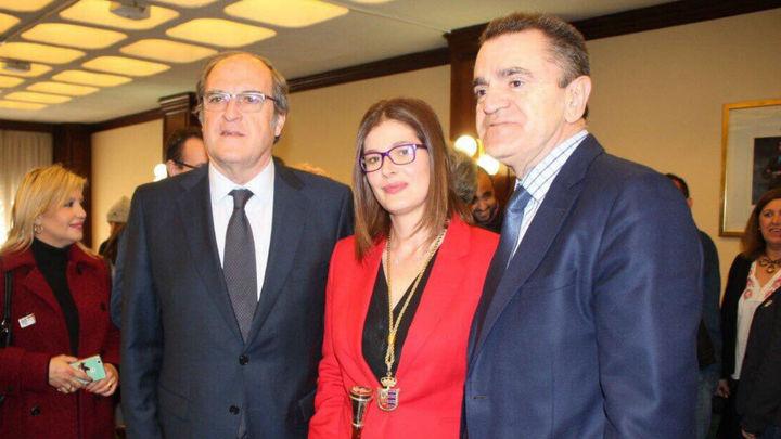 El PSOE cierra el expediente a Noelia Posse, alcaldesa de Móstoles, con nueve meses de suspensión que ya ha cumplido