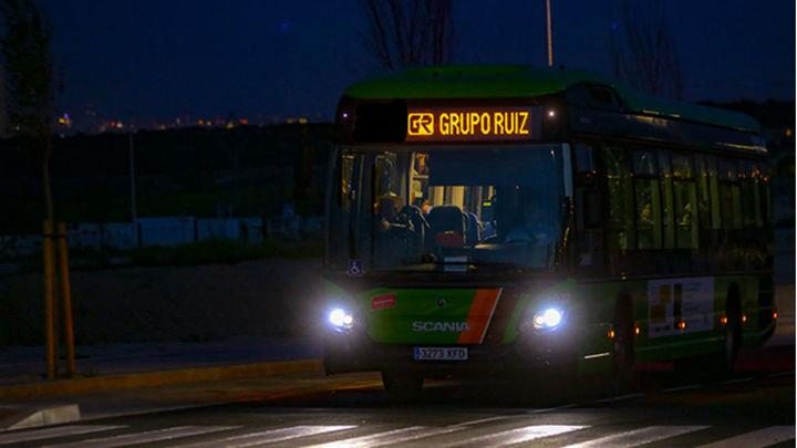 Madrid amplía el servicio de paradas a demanda a todos los buses nocturnos interurbanos
