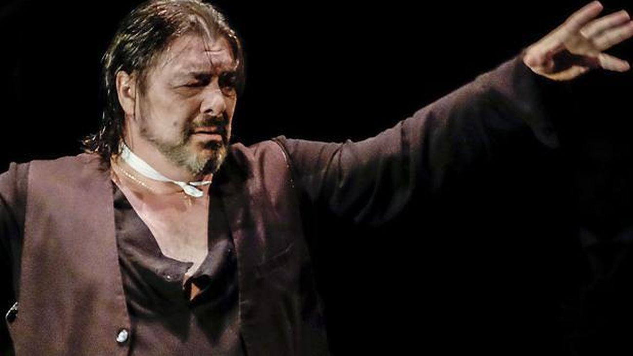 Antonio Canales, 'flamenco en carne viva'