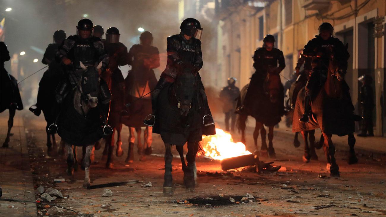 Altercados en Ecuador, en estado de excepción, por las protestas tras el alza de combustibles