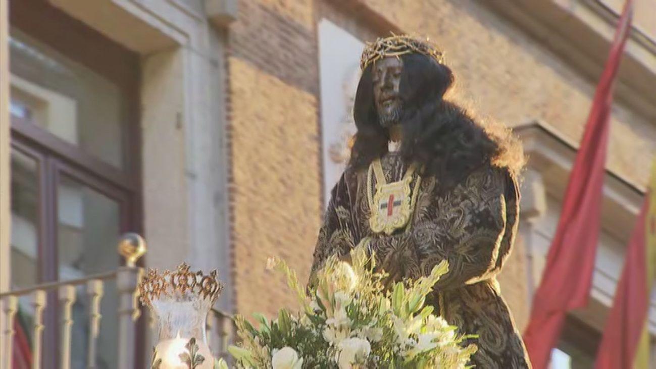 Nuestro Padre Jesús de Medinaceli durante la procesión extraordinaria del 80 aniversario de su vuelta a Madrid