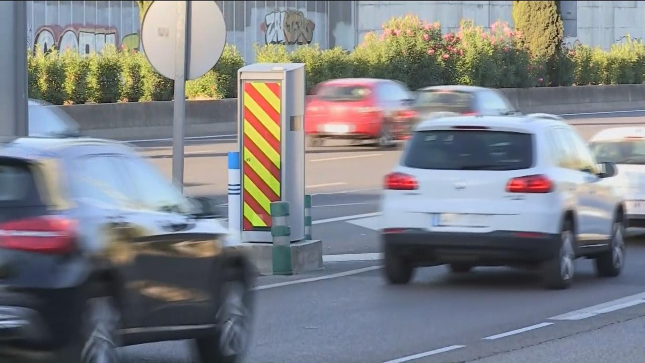 Hasta 31.000 coches diarios bajo la lupa del radar multicarril de la avenida de la Ilustración