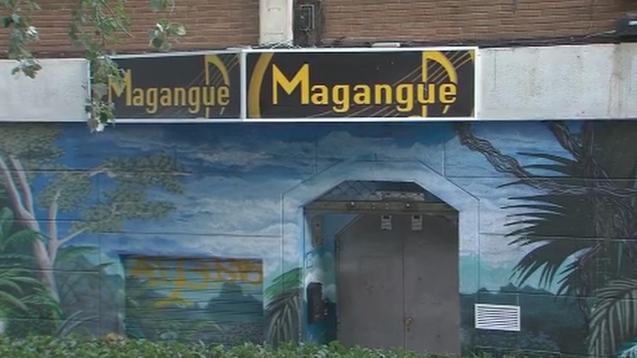 Un pub de Aluche, la auténtica pesadilla de sus vecinos