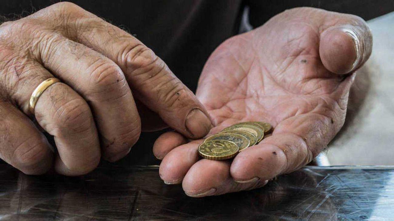 Más de 75.000 pensionistas reciben menos paga extra de Navidad por sus problemas con Hacienda
