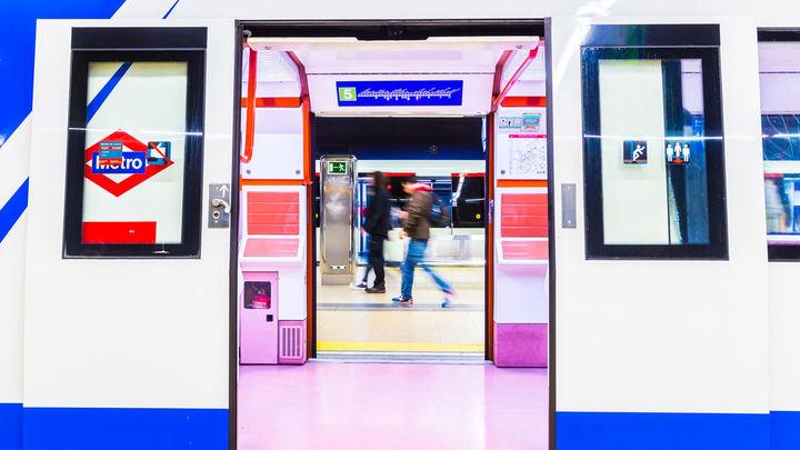 La difícil situación de los últimos comerciantes en el metro de Madrid