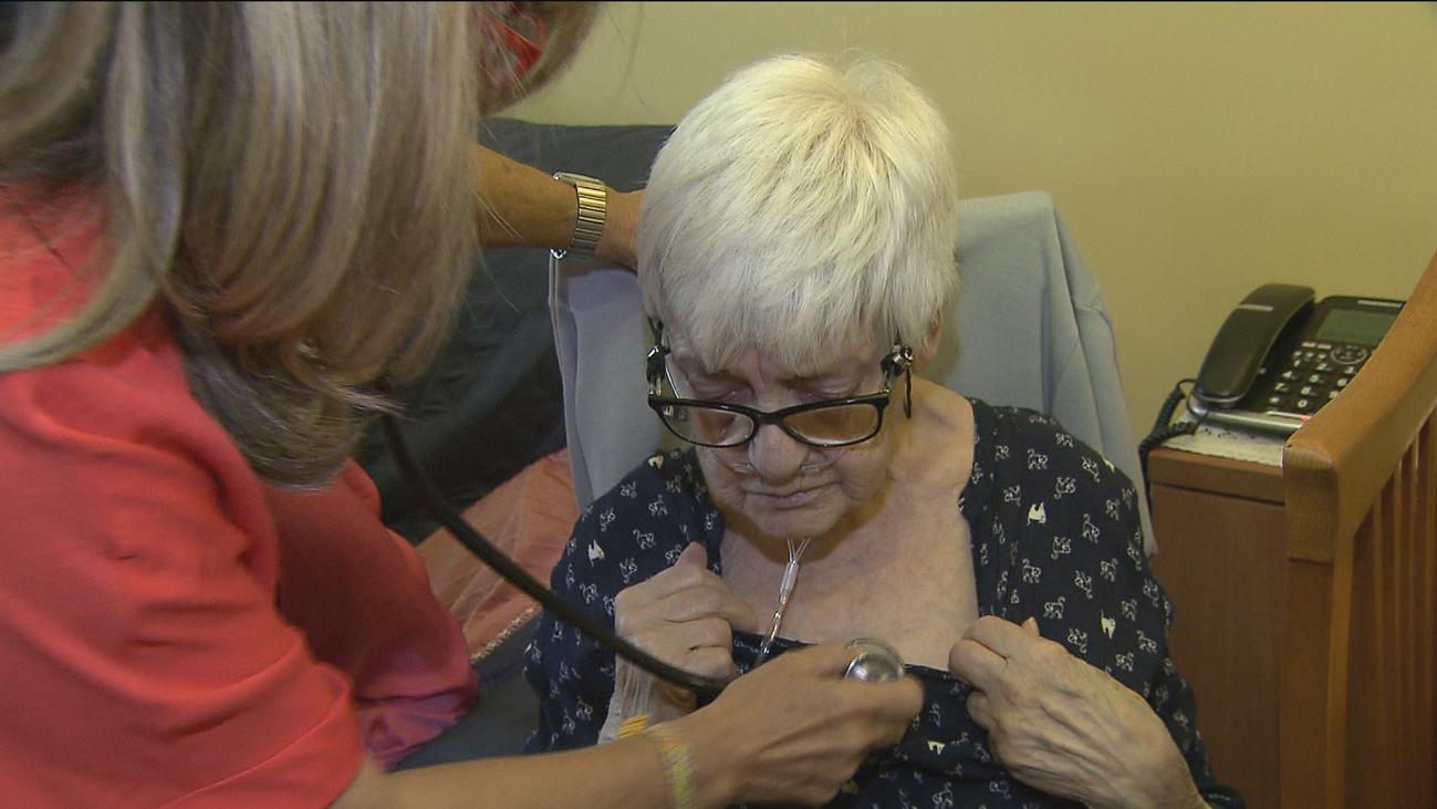 Los servicios de cuidados paliativos a domicilio del Summa 112 cumplen 20 años