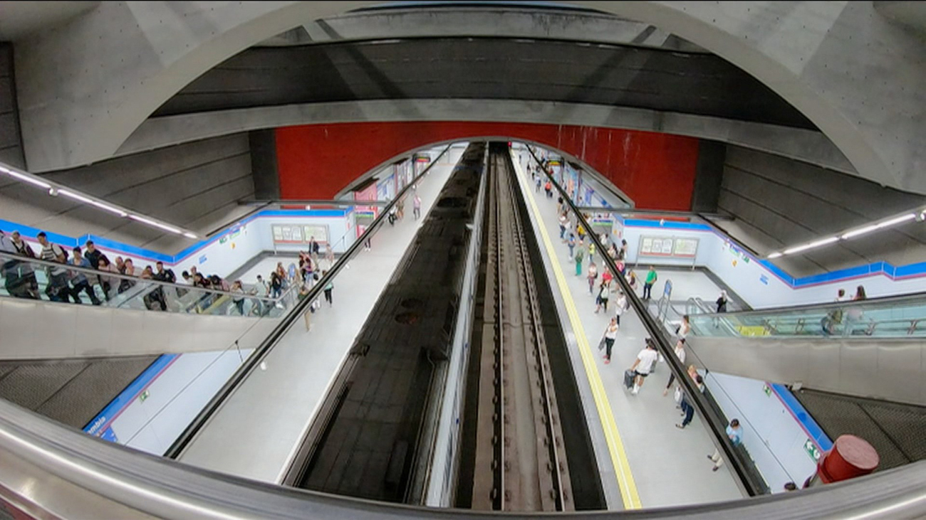 Metro, la infraestructura que cambió Madrid