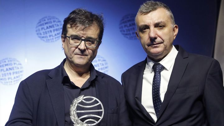 Hablamos con Javier Cercas y Manuel Vilas, los triunfadores del premio Planeta