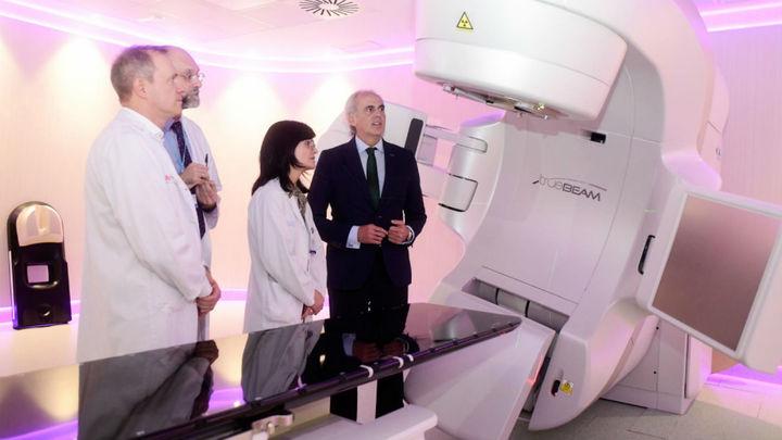 El Hospital de Fuenlabrada pone en marcha el primer acelerador lineal contra el cáncer