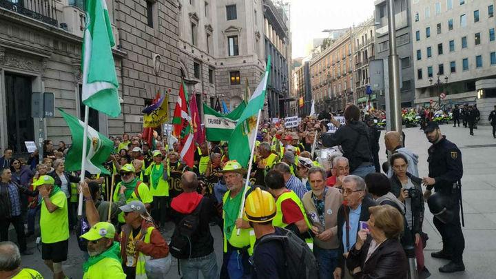 Cortes de tráfico en el centro de Madrid por la manifestación de los pensionistas