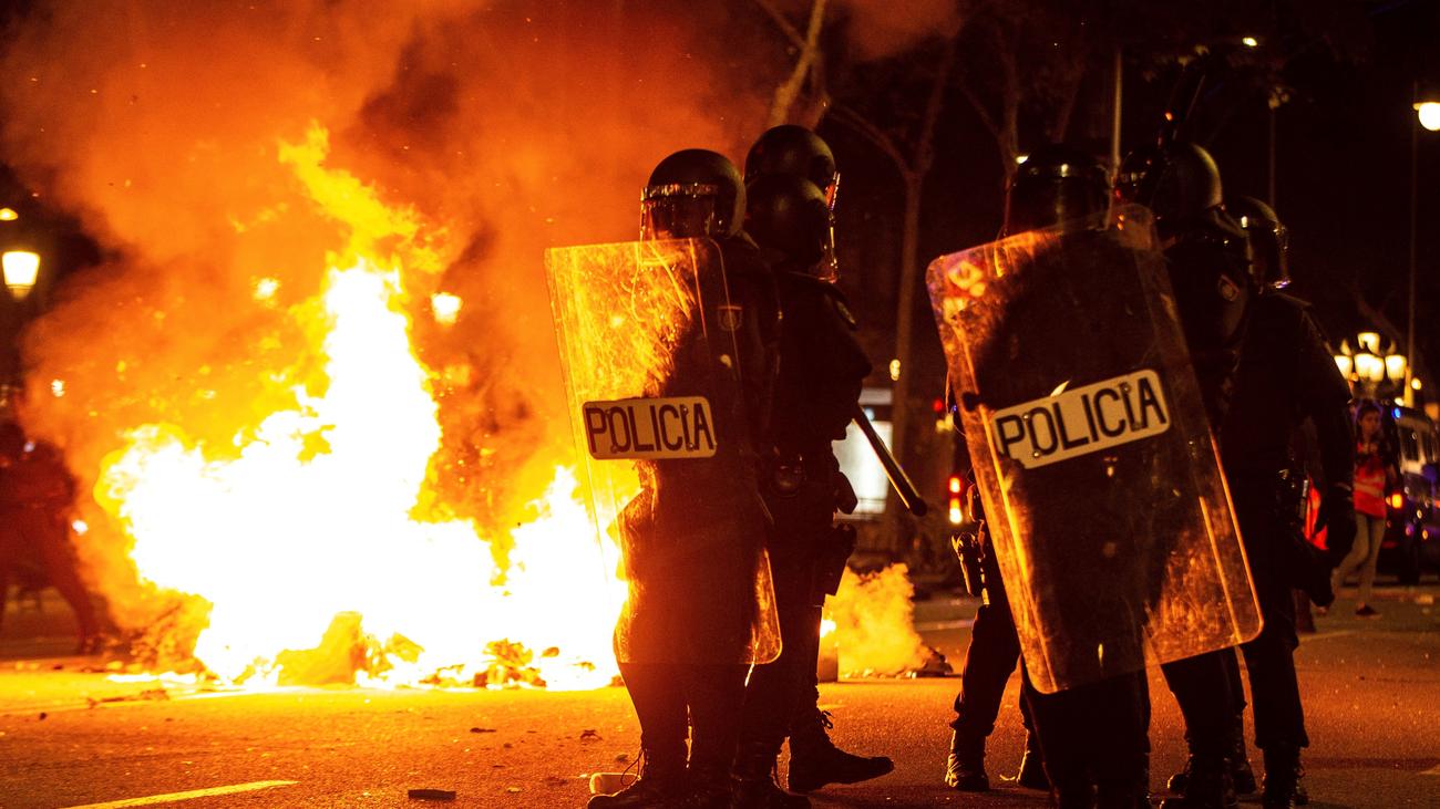 Graves incidentes en Cataluña en las protestas contra la sentencia del 'procés'