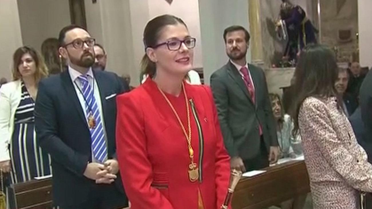 La alcaldesa de Móstoles podría haber beneficiado a su cuñado con un puesto en un colegio público