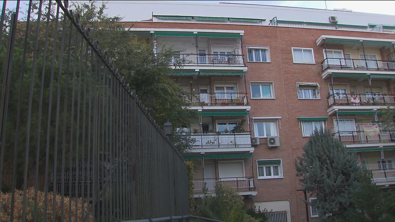 Vecinos piden reabrir la Puerta del Olivar de losJardines del Buen Retiro