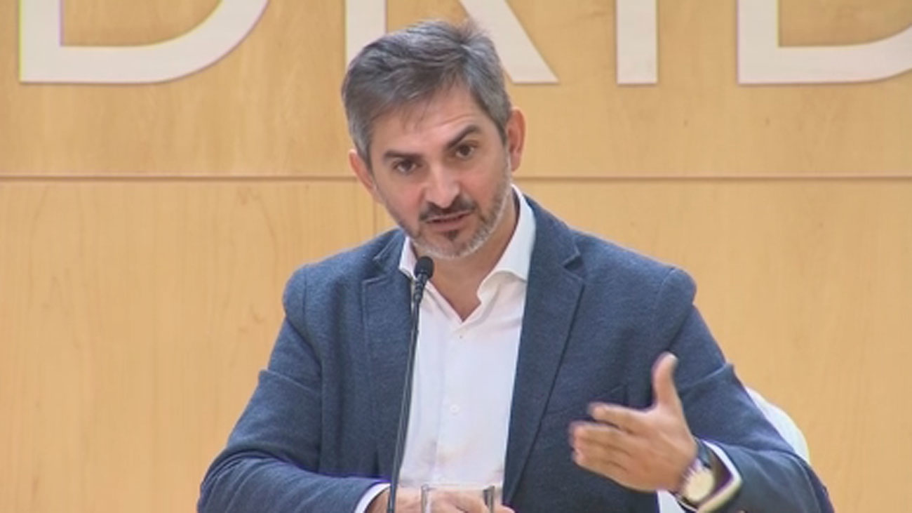 """Madrid ofrece """"tres o cuatro"""" espacios para llevar a los solicitantes de asilo"""