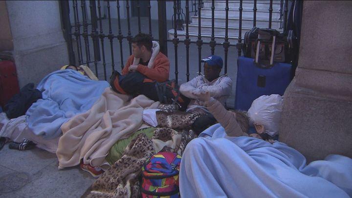 Madrid ofrece al Gobierno 7 espacios para alojara los demandantes de asilo y refugio